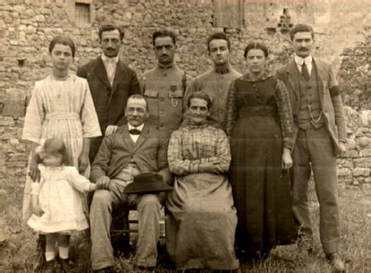 """Histoire de """"l'ancienne épicerie de Sainte-Croix"""""""