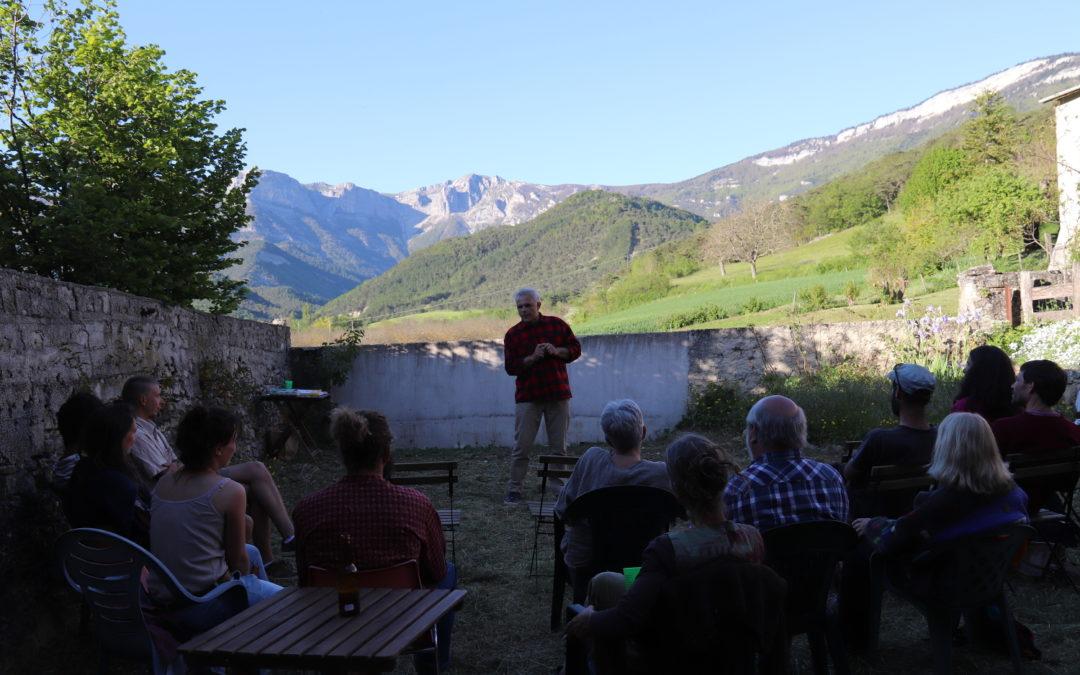 """RETOUR SUR… la conférence gesticulée """"Paravent bucolique, virage ou mirage agricole"""" de Laurent Delatouche"""
