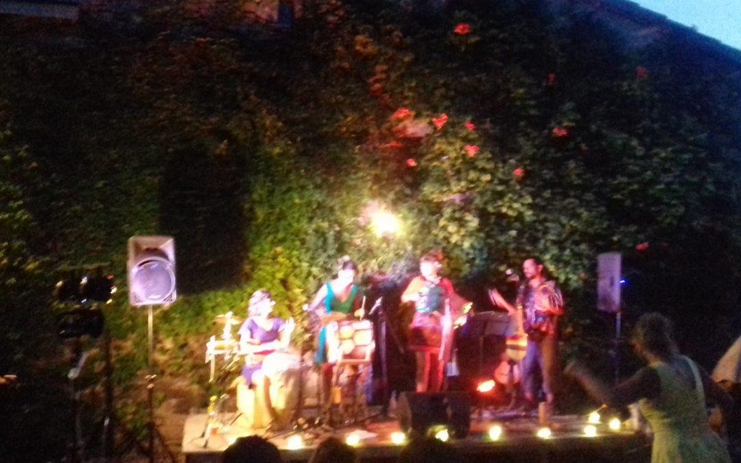 Retour sur une soirée d'été en vallée de Quint : les Mama Cholita en concert à Vachères !